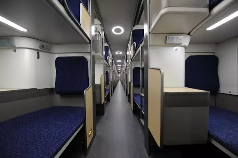 Chinas New HighSpeed Sleeper Train is Literally a Moving Hotel