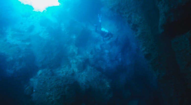 diving in an underwater spring cave