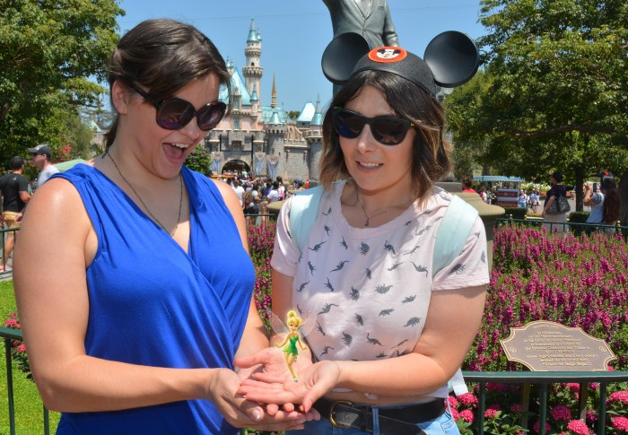 The Complete Guide to Disneyland Magic Shots