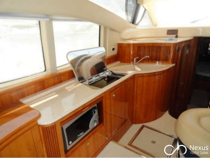 Image of Azimut 42 yacht #4