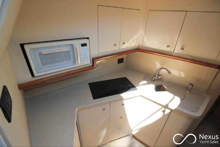 Image of Cruisers 3470 Express yacht #10