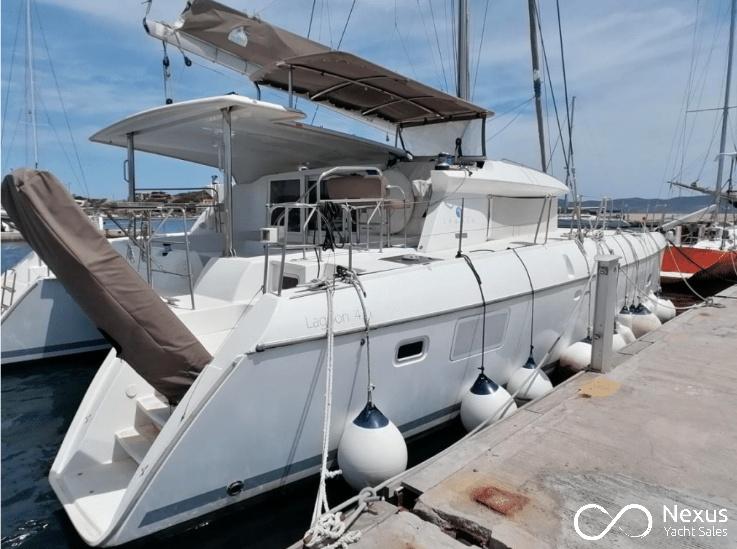 Image of Lagoon 421 yacht #5
