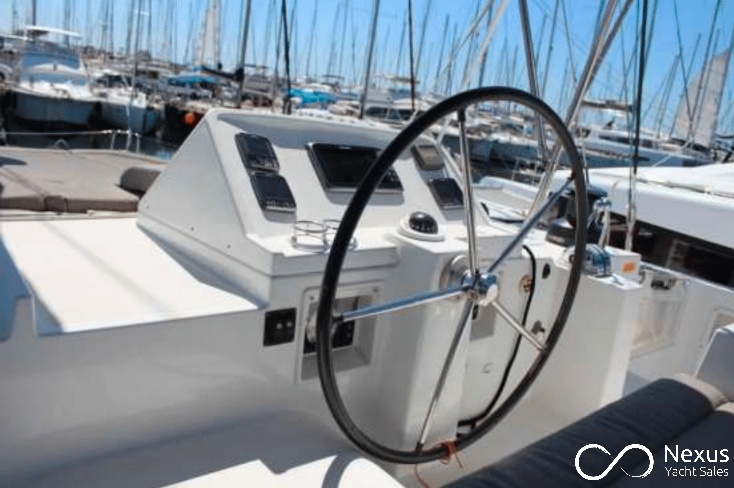 Image of Lagoon 450 Fly yacht #4
