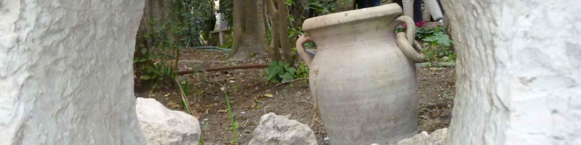 Pot Through Hole