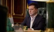 Зеленский ответил критикам закона о референдуме
