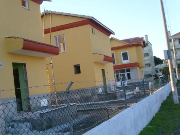 Altınova Sahilinde Satılık Lüx Villalar