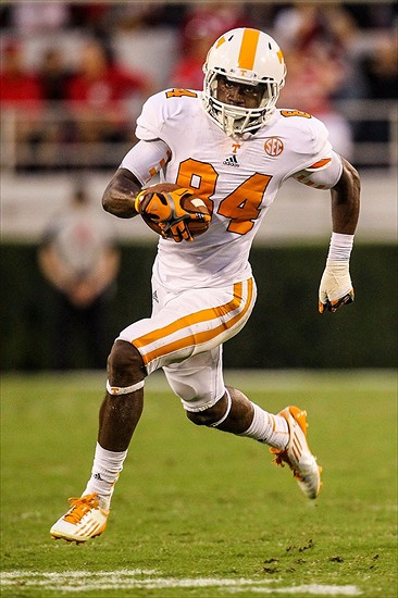 It's a mindset he brought to the university of tennessee in 2012 after two years of junior college in kansas. Cordarrelle Patterson Height - LeroyErica