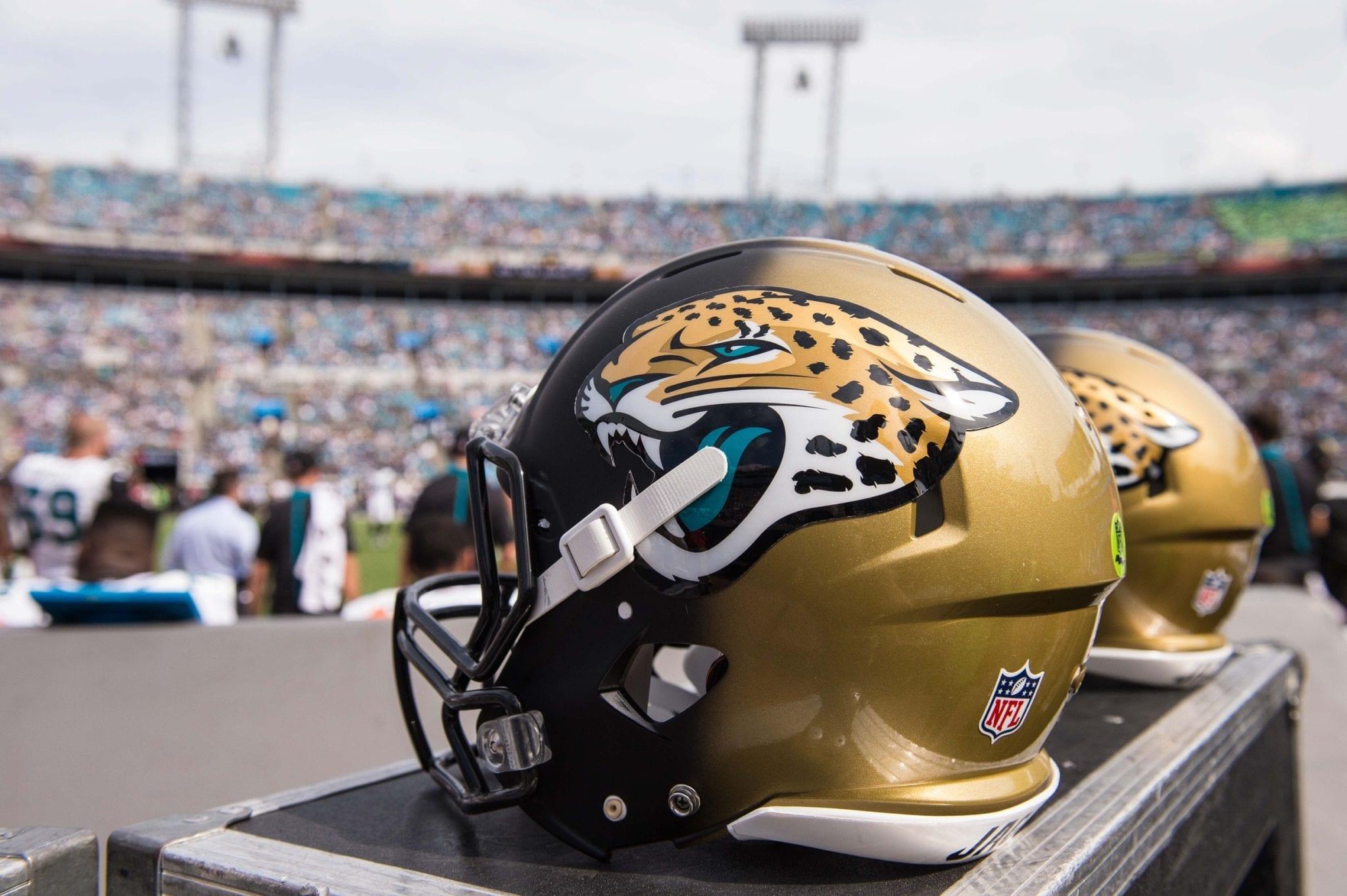 Jaguars-helmet-2