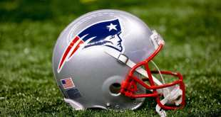 Patriots-Helmet AFC Notes: Colts, Patriots, Raiders, Titans