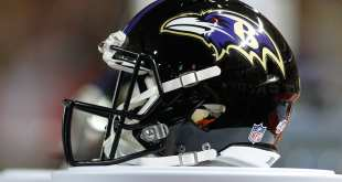 Ravens-Helmet NFL Notes: Buccaneers, Patriots, Ravens