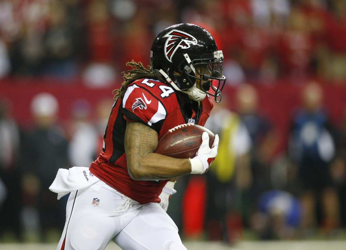 Falcons Placing RB Devonta Freeman On Injured Reserve