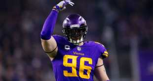 USATSI_9731945_168383805_lowres Vikings DE Brian Robison Agrees To Pay Cut