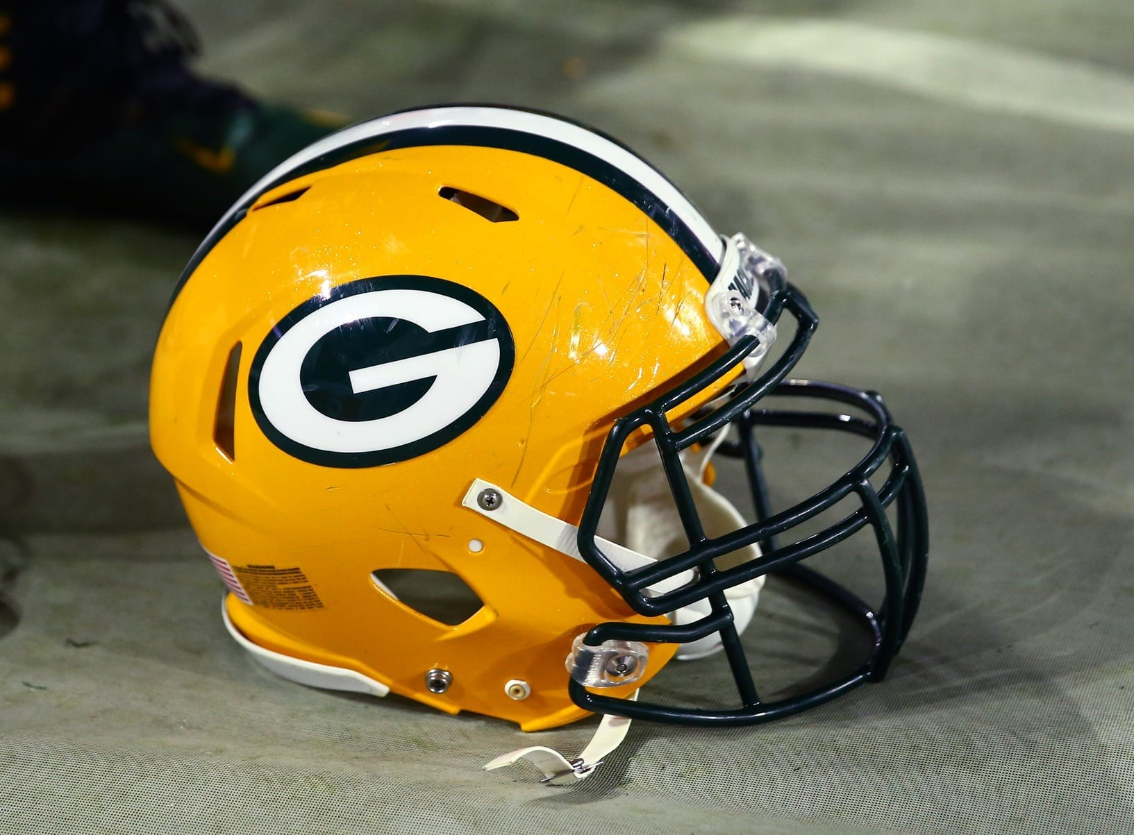 Packers-helmet-3