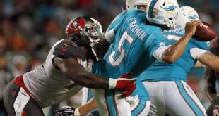 USATSI_8779168_168383805_lowres Former Buccaneers DE Da'Quan Bowers Signs With CFL Team