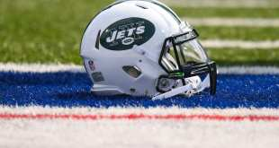 Jets-Helmet-5 Jets Place CB Xavier Coleman On IR, Re-Sign TE Neal Sterling