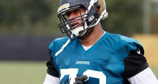 USATSI_10191343_168383805_lowres Jaguars Sign OT Jeremiah Poutasi To Practice Squad, Place G Avery Gennesy On Injured List