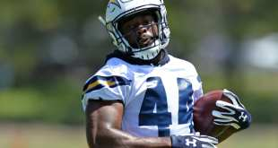 USATSI_10107293_168383805_lowres Chargers Place RB Andre Williams On Injured Reserve