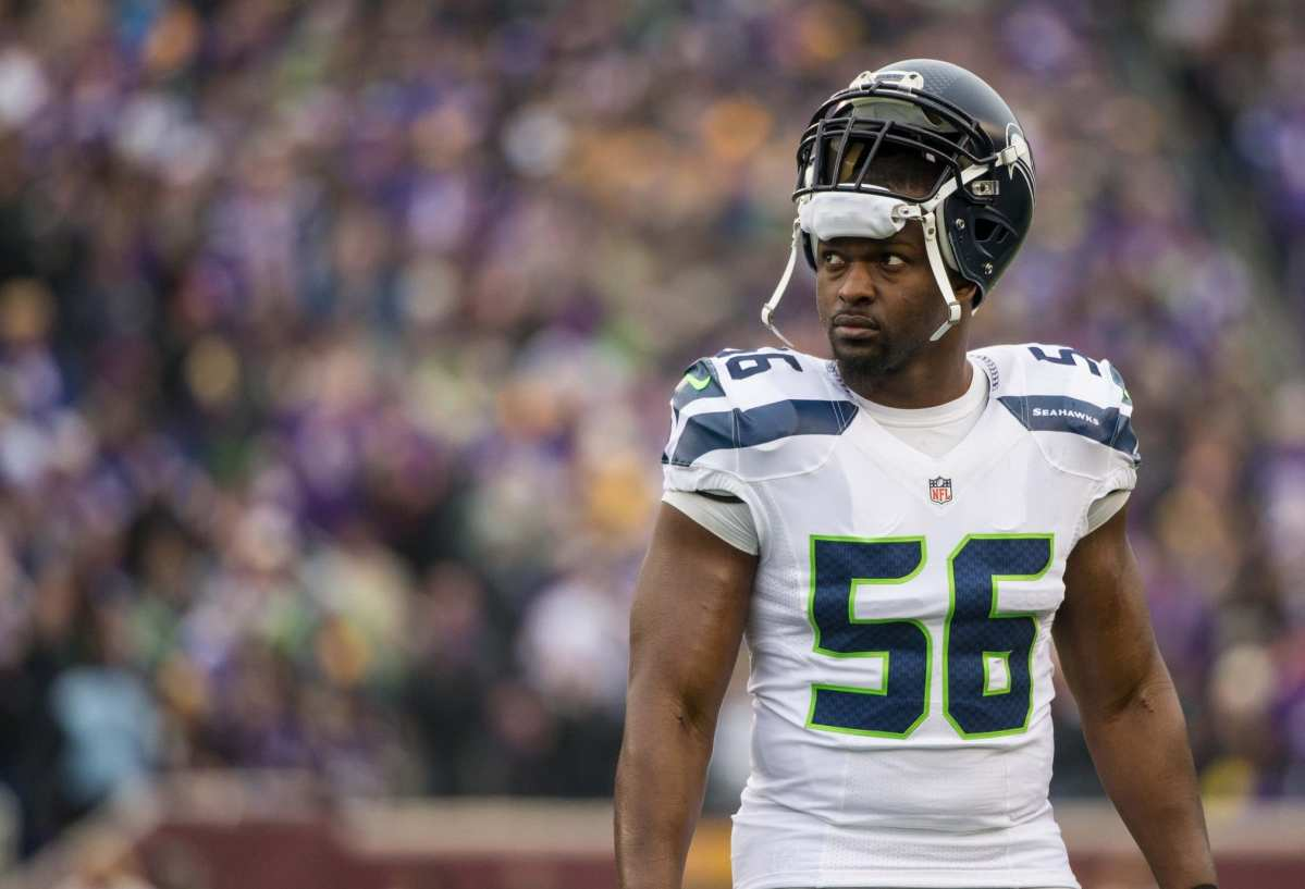 Seahawks DE Cliff Avril Not Considering Retirement, Plans To Return