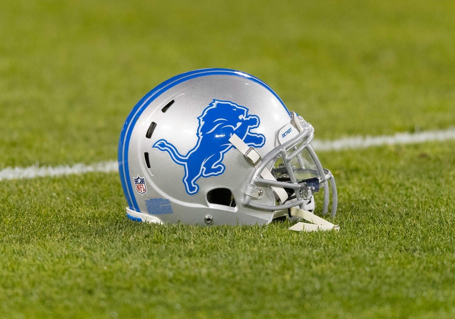 Lions-helmet-6