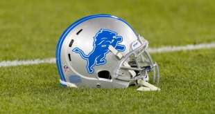 Lions-Helmet-6 Lions Sign 10 Players To Futures Deals