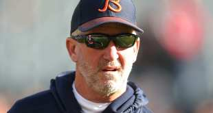 USATSI_10456992_168383805_lowres John Fox Has No Plans To Retire, Hoping To Find Job Once HC Positions Are Filled