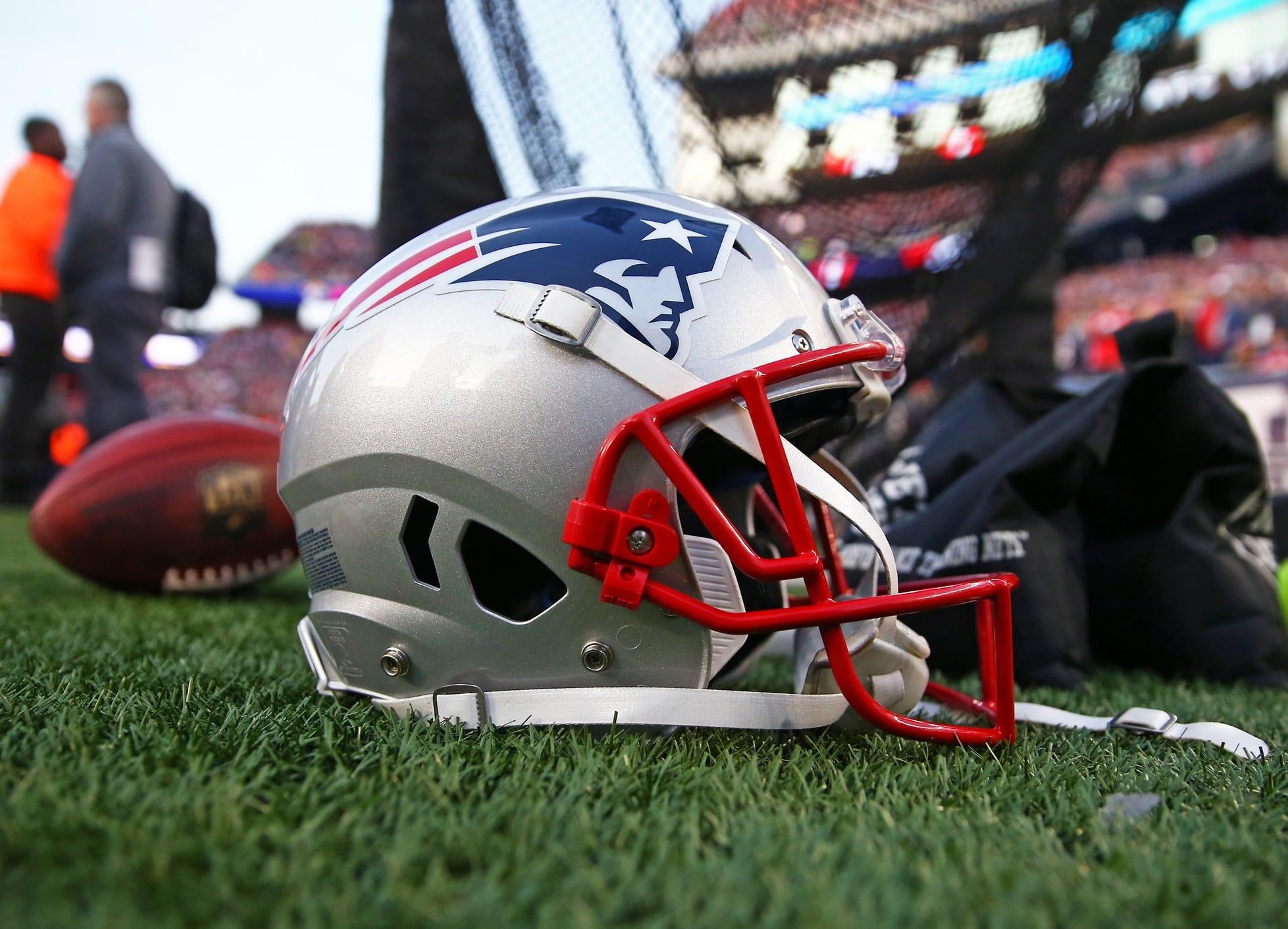 Patriots-helmet-5