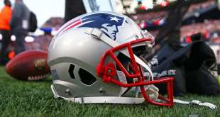 Patriots-Helmet-5 Patriots Viewed As Team To Watch In Potential Trade Up For QB