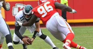 USATSI_10309623_168383805_lowres Titans Sign DT Bennie Logan To One-Year Deal Worth Up To $5M