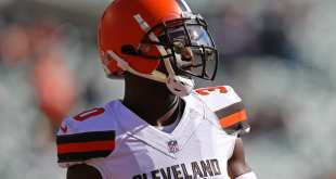 USATSI_10444391_168383805_lowres Browns Trading CB Jason McCourty To Patriots, Not Releasing Him