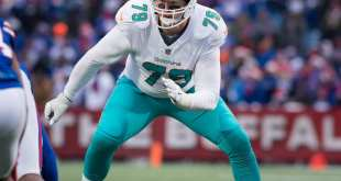 USATSI_10503618_168383805_lowres Dolphins Re-Signing OL Sam Young