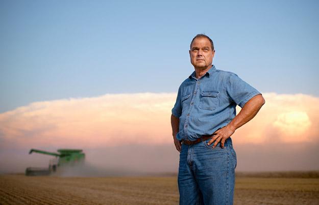 ep-wheat-farmer-kansas-625