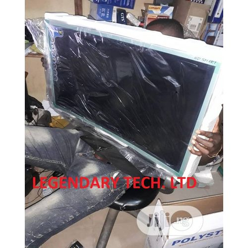 """32"""" Inches Full HD Smart Curved Plasma TV With Normal Tv Hanger"""