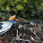 Resign Demi Membersihkan Sungai