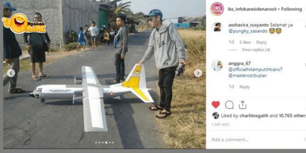 Viral 2 Pemuda Kreatif Ini Terbangkan Pesawat dari Barang Bekas