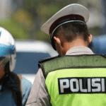 Warga +62 Ditilang Polisi