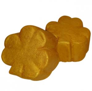 Use Cosmetic Clay in Your Recipes: Golden Clover Bath Bombs Recipe