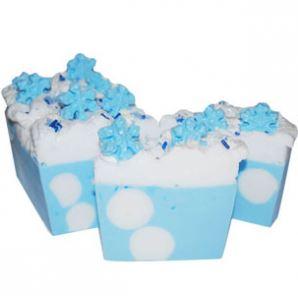 Winter Beauty Care: Snowball Soap Recipe