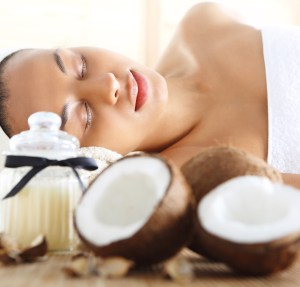 Benefits of Coconut Oil Cleansing Facial