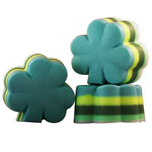 Crafts for St. Patrick's Day 4-Leaf Clover Layered Soap Recipe