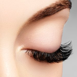 Meadowfoam Seed Oil Benefits for Thickening Eyelashes