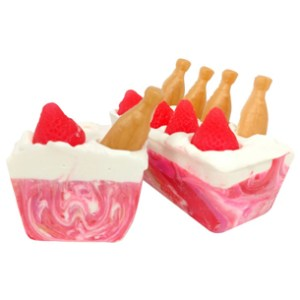 Valentines Day Soap Recipes: Strawberries and Champagne CP Soap Recipe
