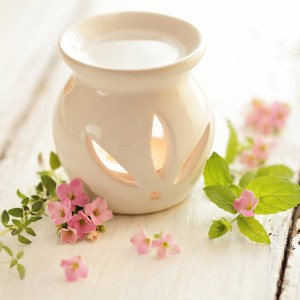 What is Stearic Acid Used For: Homemade Wax Tarts and Embeds