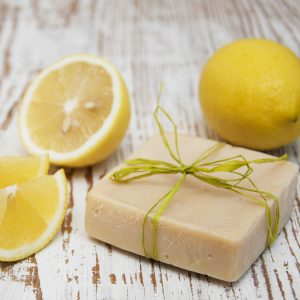 Lemon Peel Benefits: Cosmetic Uses