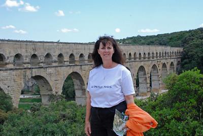 Visting the Pont du Gard, Southern France (3/6)