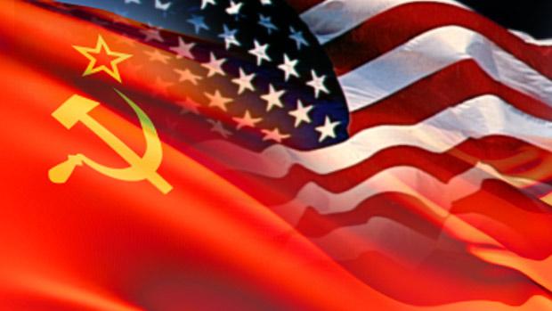 us-soviet-flags