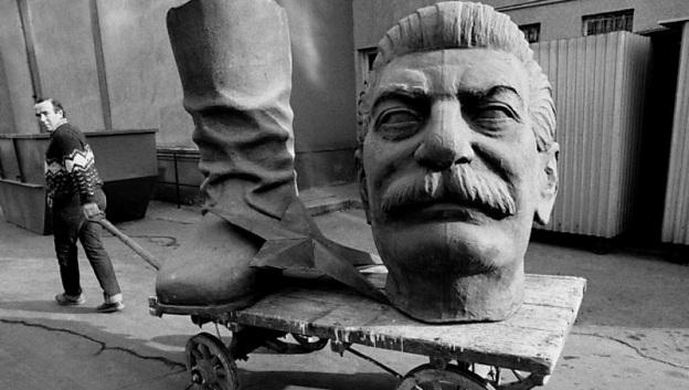 stalin-statue