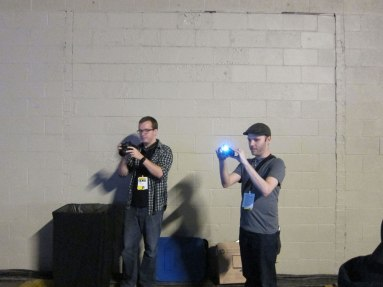 Polygon's Griffin McElroy and Dallas Morning News' Britton Peele take pictures