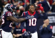 Texans wide out DeAndre Hopkins celebrating