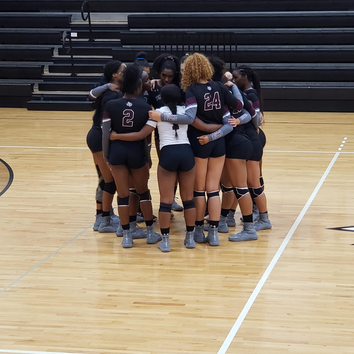 TSU Women's Volleyball loses five-set heartbreaker to Bethune-Cookman