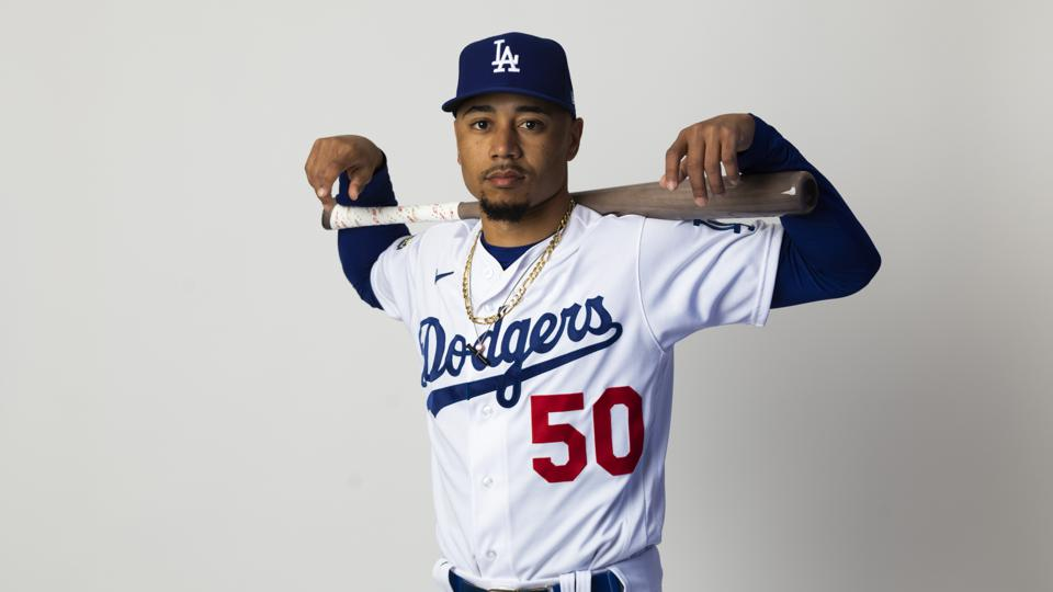 MLB Weekly Digest July 27th Edition: Los Angeles Dodgers Sign Outfielder Mookie Betts to 12-Year Contract Extension Worth $365 Million